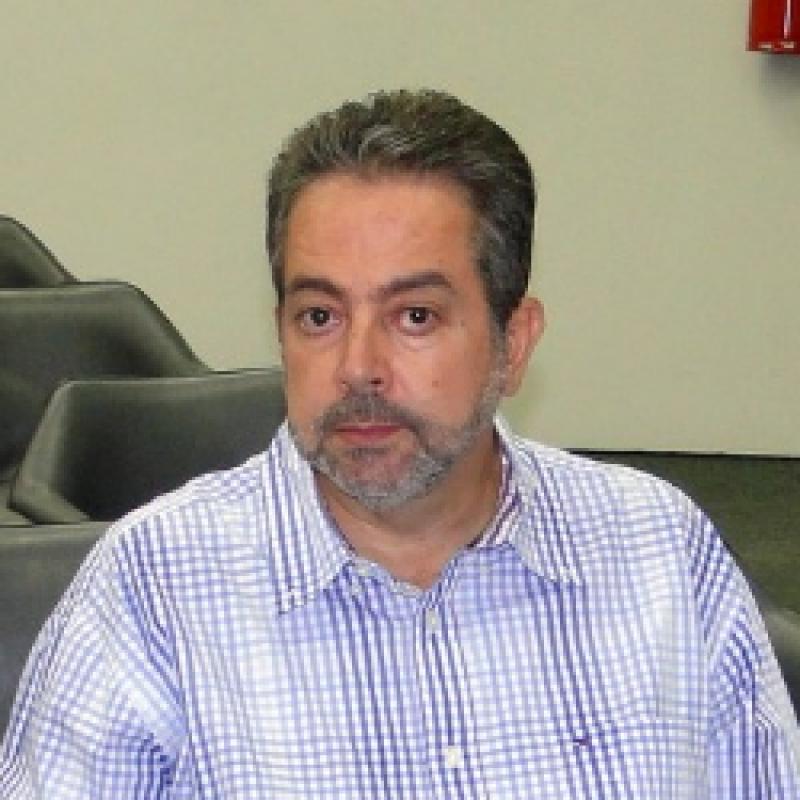 Dr. Flávio Maynardes Aráujo